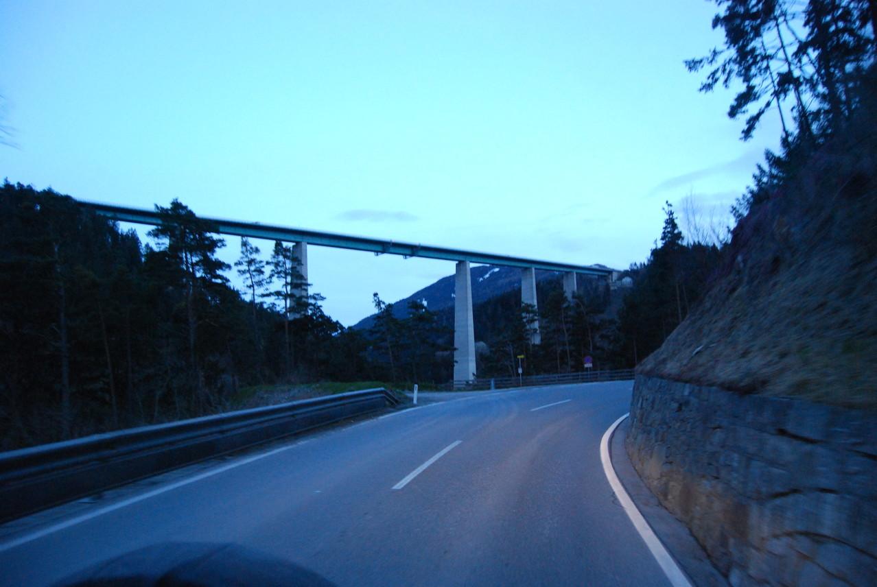 Ein letzter Blick auf die Europabrücke