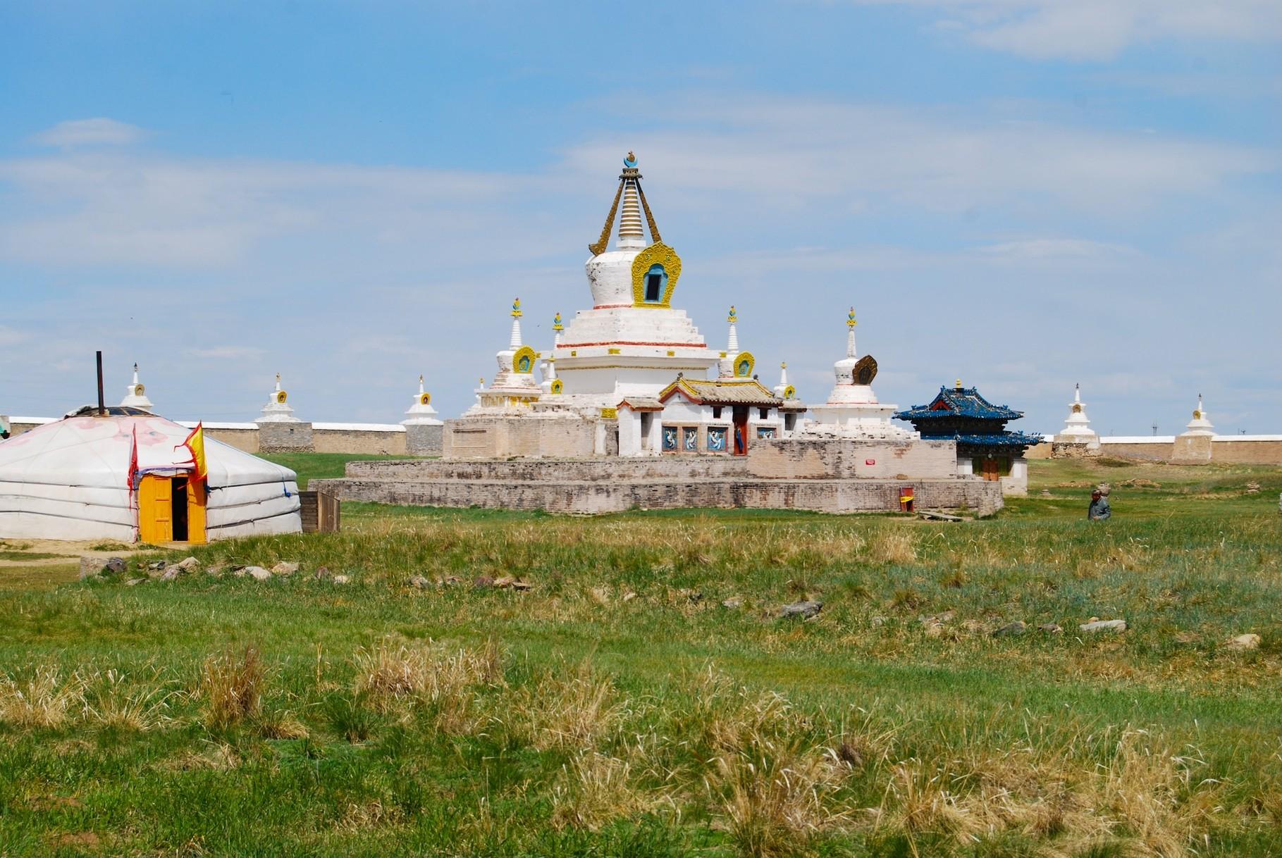Goldene Stupa im Kloster Erdene Zuu
