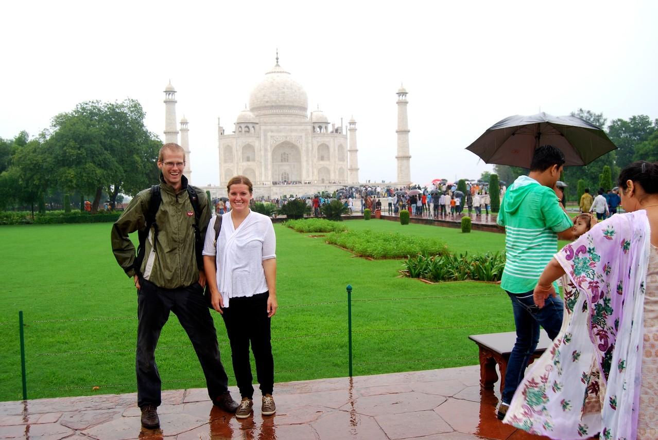 Fremdaufnahme vorm Taj Mahal