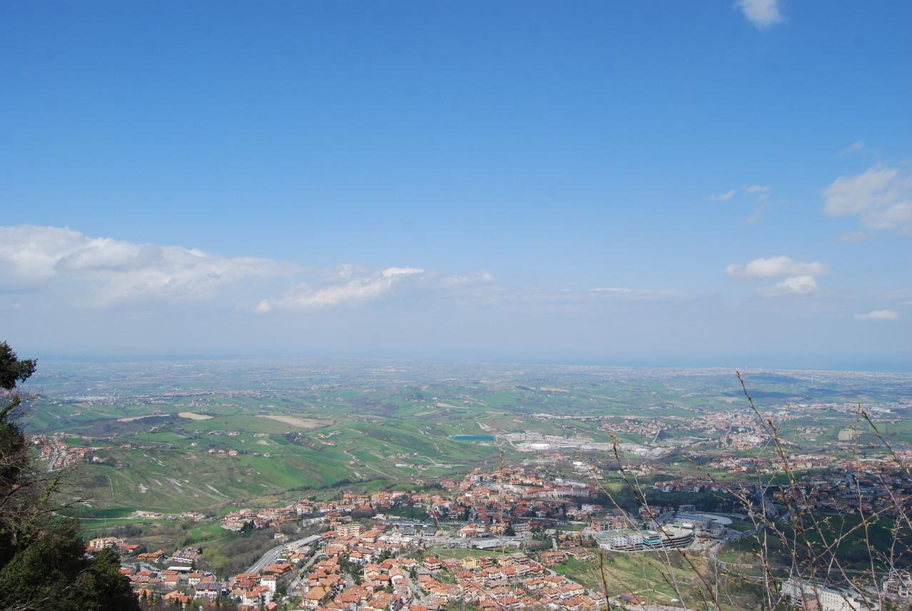 Blick von San Marino nach Rimini
