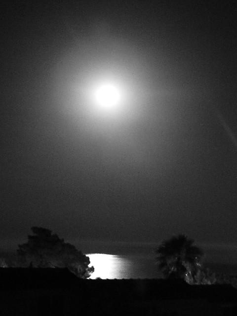 Luna nel mare di Tarco