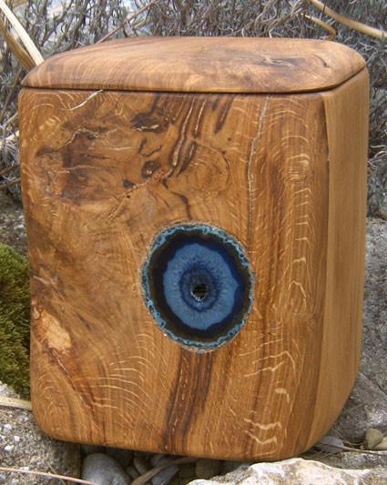 holz urne atlantic eye urne privat kaufen welt. Black Bedroom Furniture Sets. Home Design Ideas