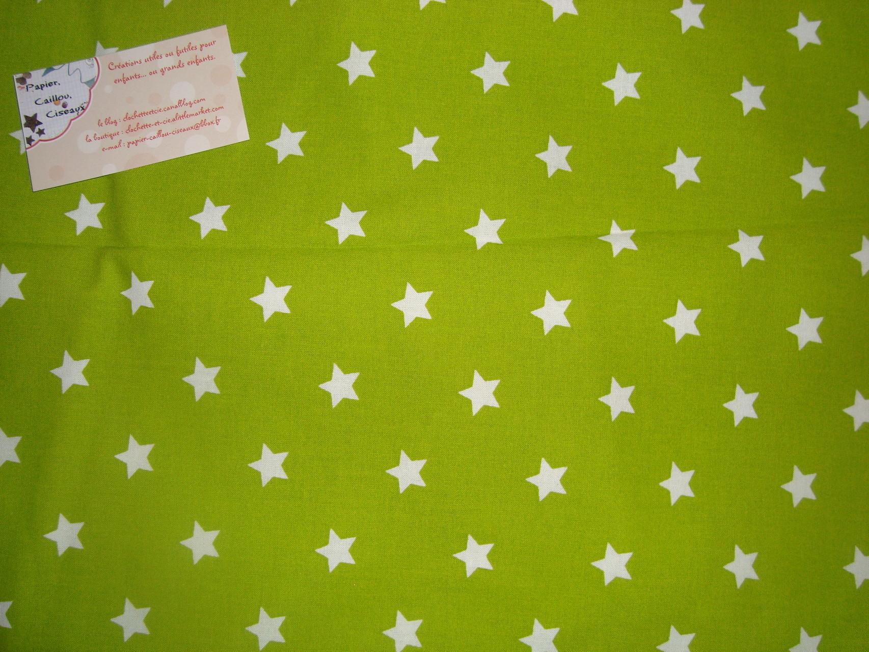 *Noël* Etoiles fond vert