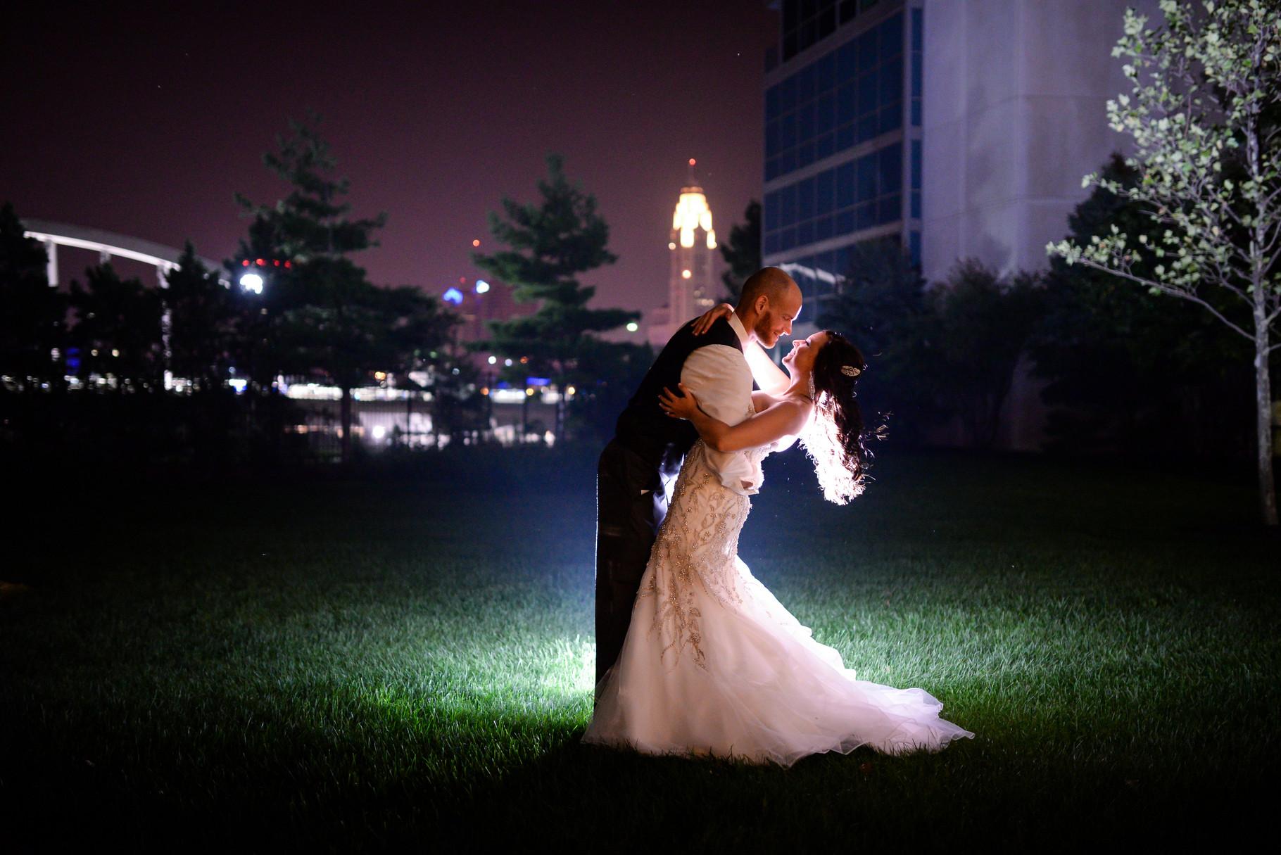 Sarah and Jeff night lighting wedding photo Downtown columbus, Ohio Mirnova