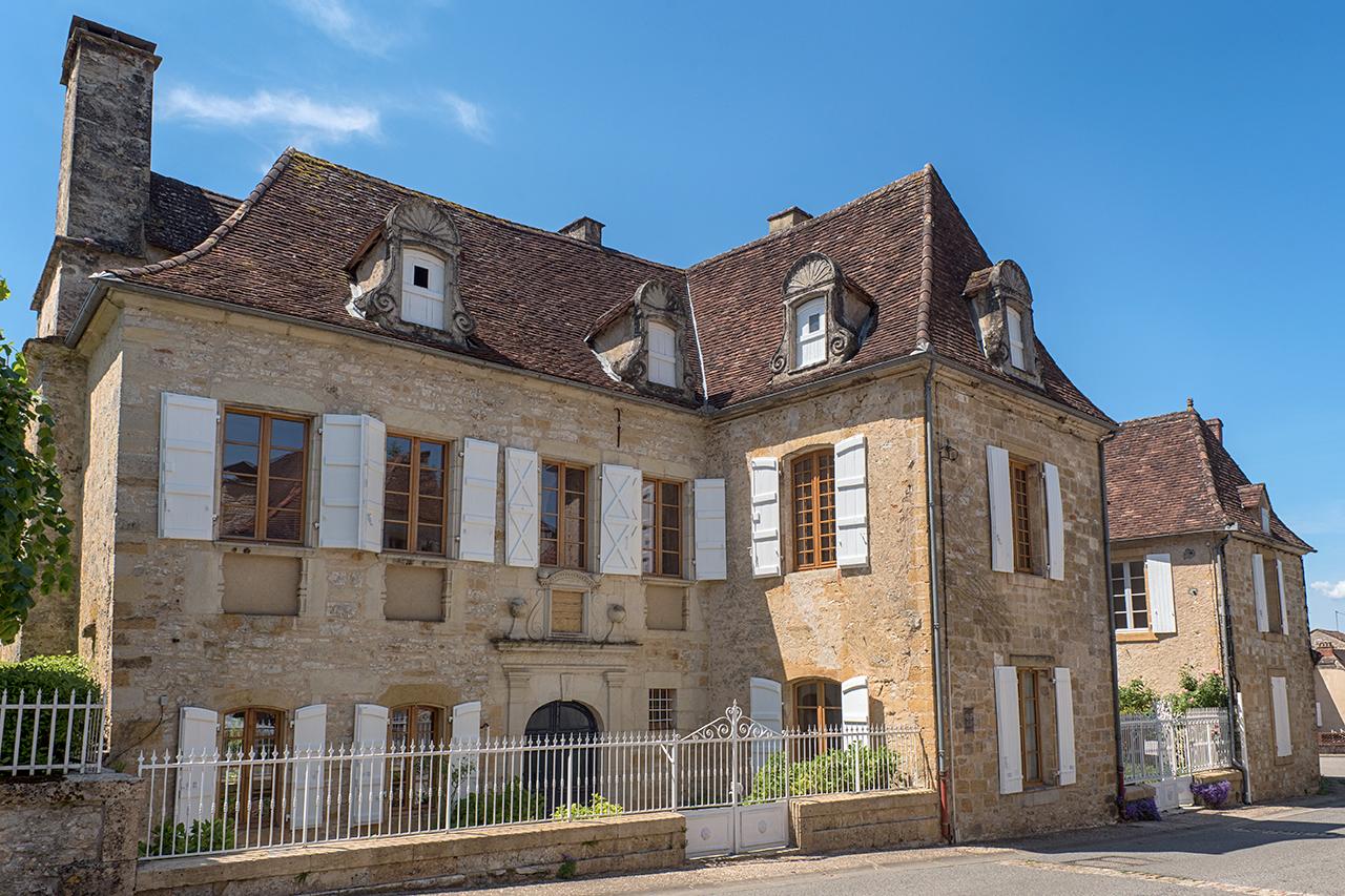 Domaine de Vielcastel à Cazals (46250) et sa façade du XVIIème