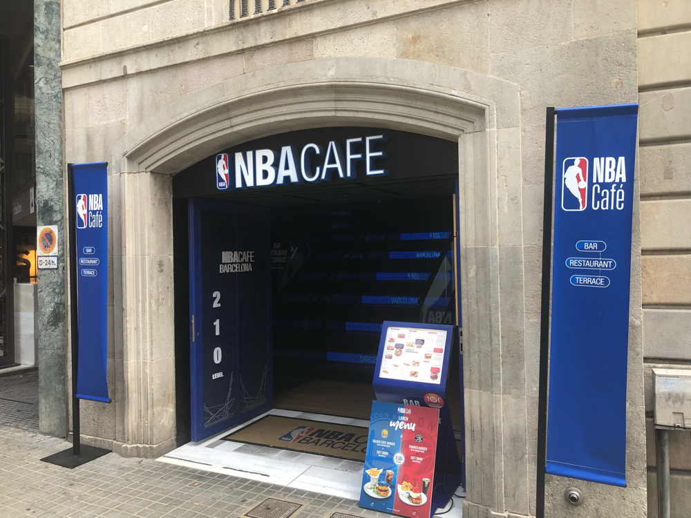 NBA Café auf Las Ramblas - Barcelona