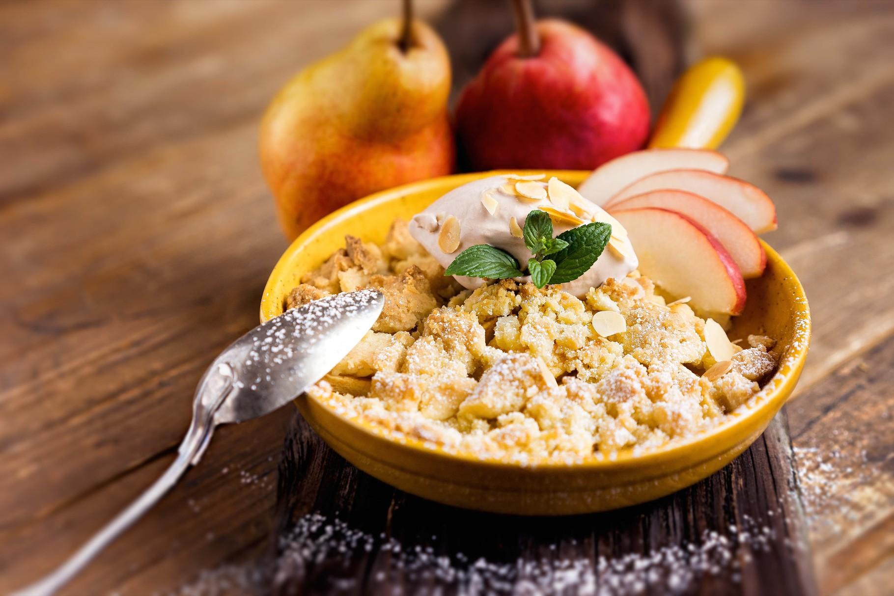 Food-Fotografie Dessert Apfel-Crumble, aufgenommen beim Food-Fotografie-Worhshop am 04.10.2016