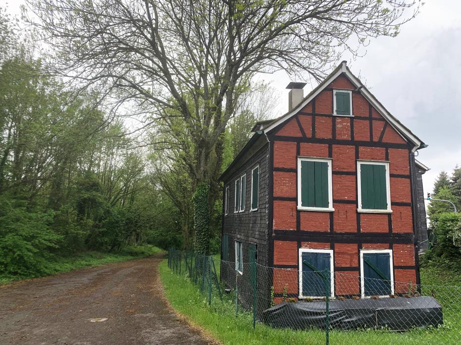 Das Rote Haus - Ansicht von Südosten, Zustand 2019
