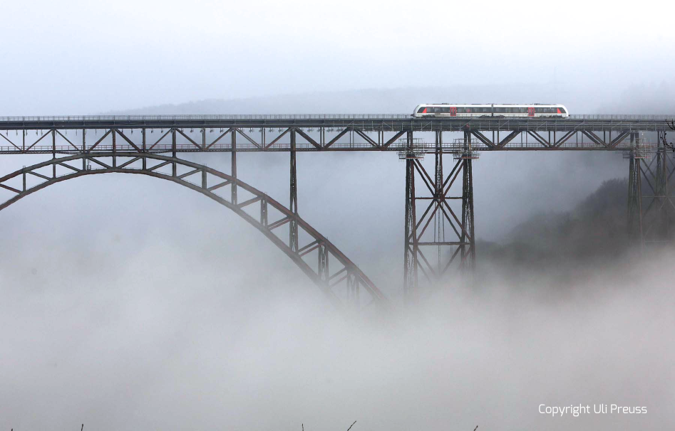 Müngstener Brücke über die Wupper