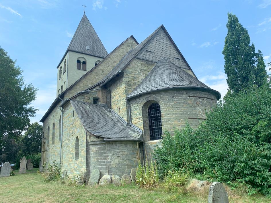 Die St. Urbanuskirche in Weslarn bei Haus Ahse