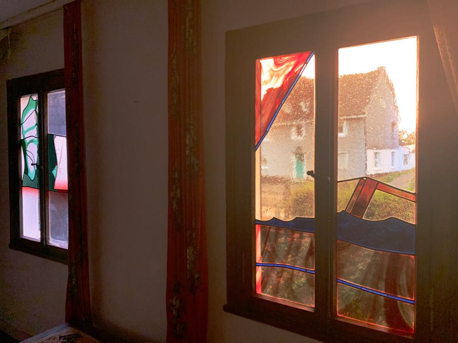 Glasfenster im Roten Haus