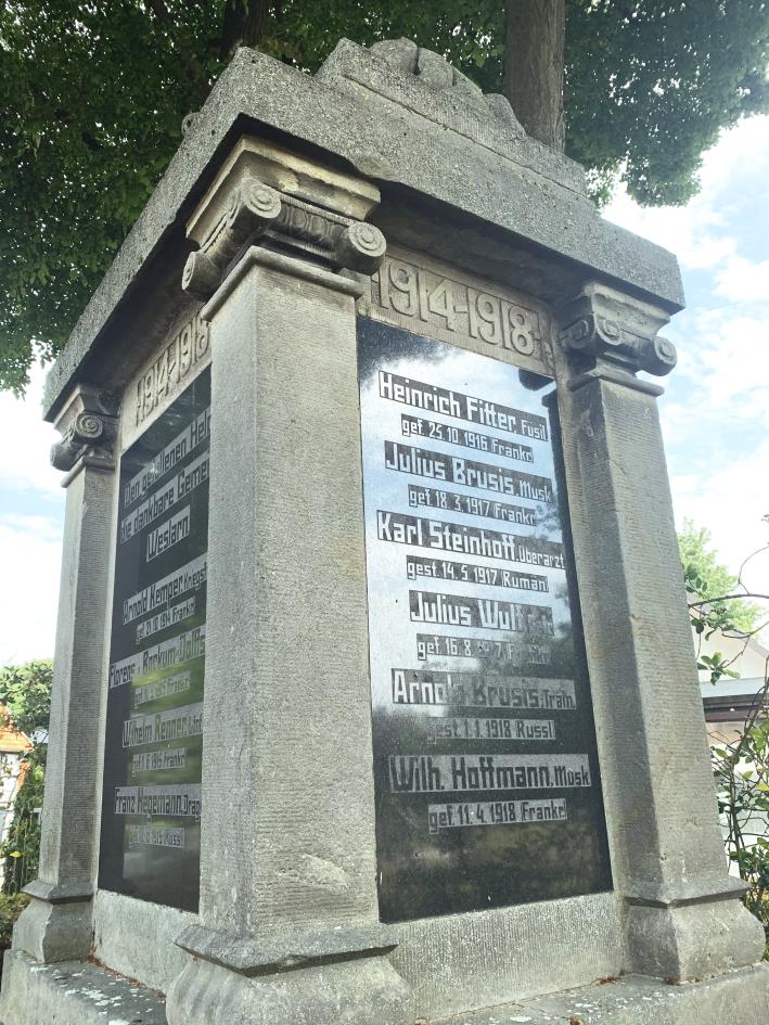 Kriegerdenkmal in Weslarn