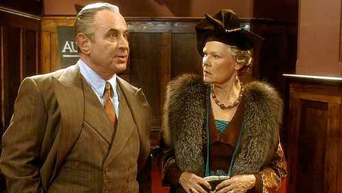 Bob Hoskins & Judi Dench in Mrs Henderson Presents