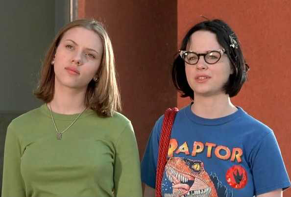 Scarlett Johansson & Thora Birch in Ghost World