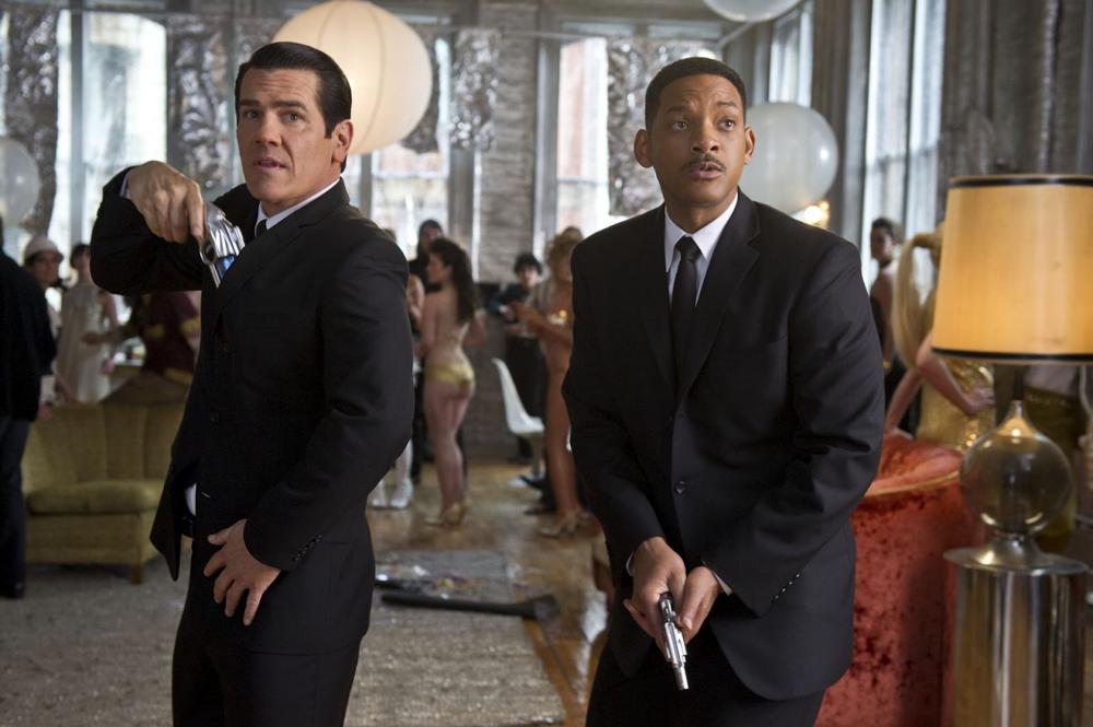 Josh Brolin & Will Smith in Men in Black 3