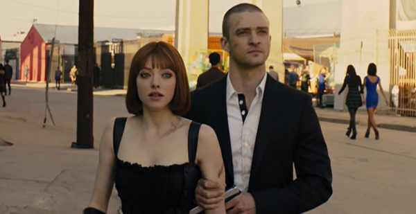 Amanda Seyfried & Justin Timberlake in In Time