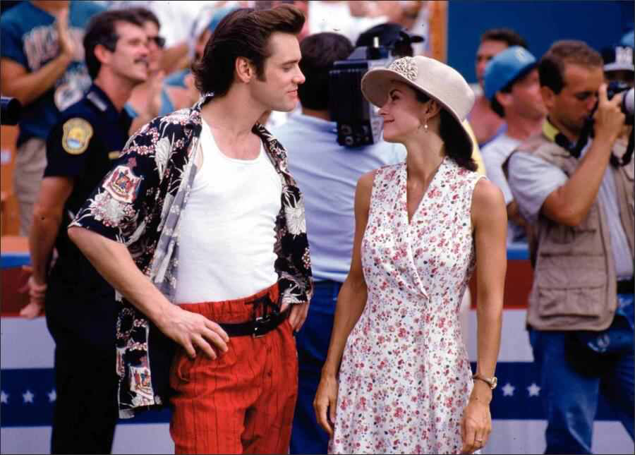 Jim Carrey & Courteney Cox in Ace Ventura: Pet Detective