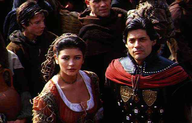 Catherine Zeta-Jones & George Corraface in Christopher Columbus: The Discovery