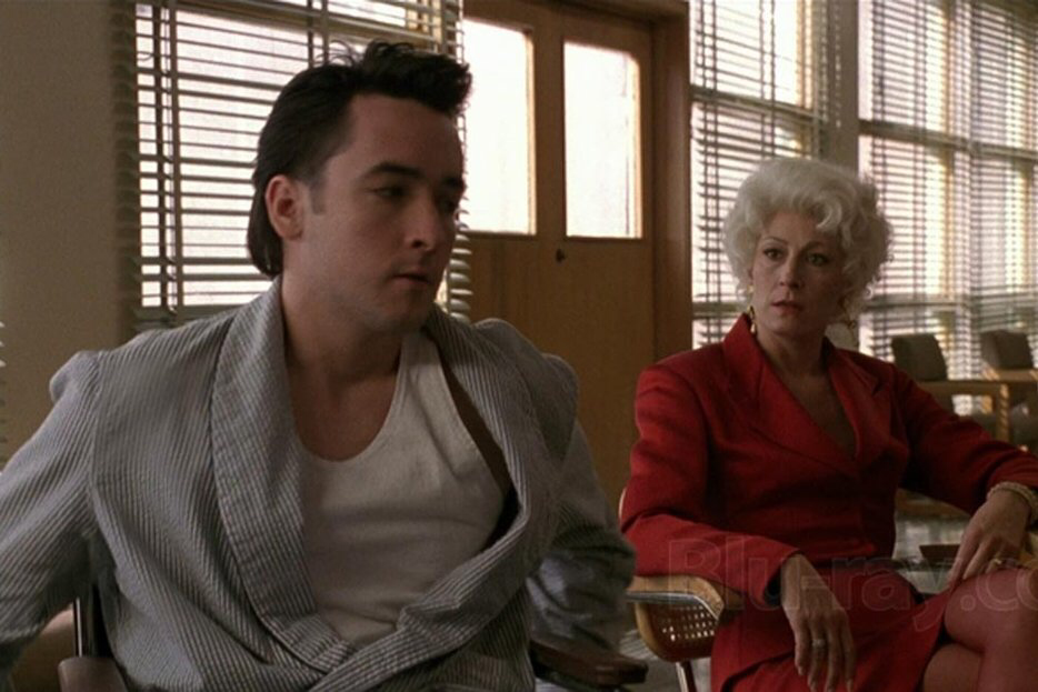 John Cusack & Anjelica Huston in The Grifters