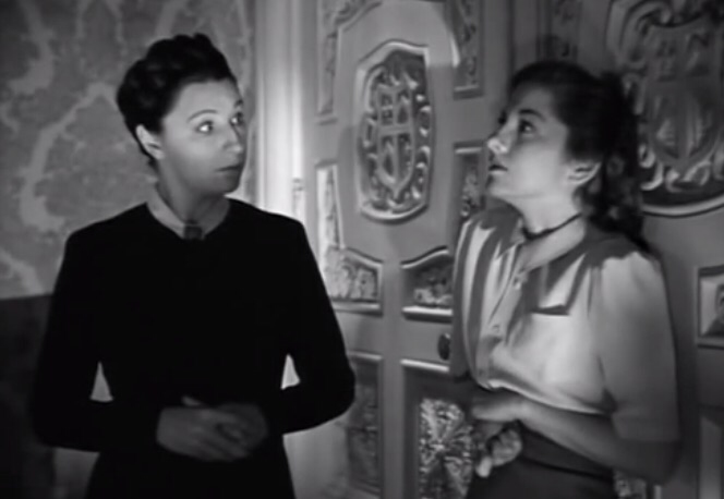 Judith Anderson & Joan Fontaine in Rebecca