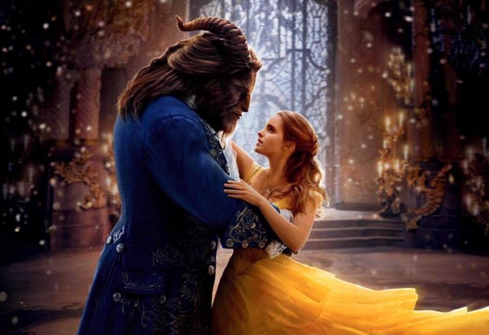 Dan Stevens & Emma Watson in Beauty & The Beast