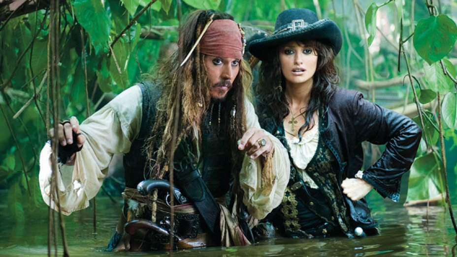 Johnny Depp & Penelope Cruz in Pirates of the Caribbean: On Stranger Tides