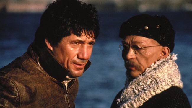 Fred Ward & Joel Grey in Remo Williams: The Adventure Begins