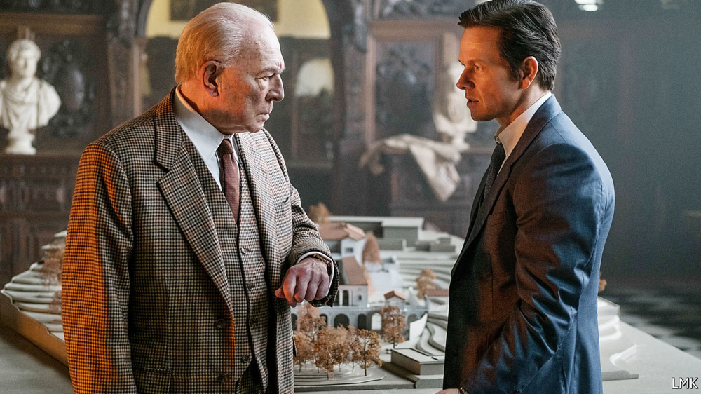 Christopher Plummer & Mark Wahlberg in All The Money In The World