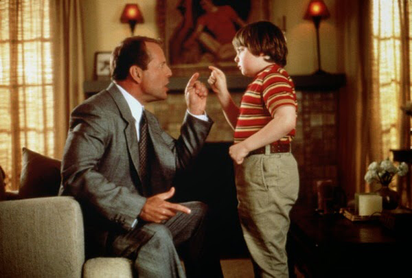 Bruce Willis & Spencer Breslin in The Kid