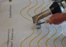 luftdicher Radonfolie, Radonabdichtung, unter Bodenplatte, verschweißt, versiegelt, für Renovierung geeignet, leitet Radon ab