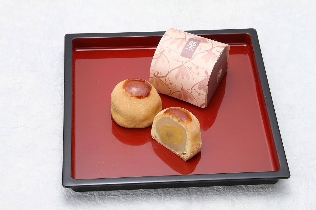 秋にピッタリ大きな栗の栗饅頭