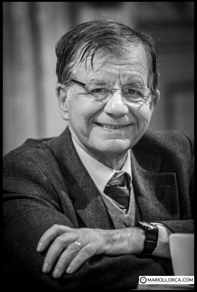 VALDO SPINI. Italian Politician.