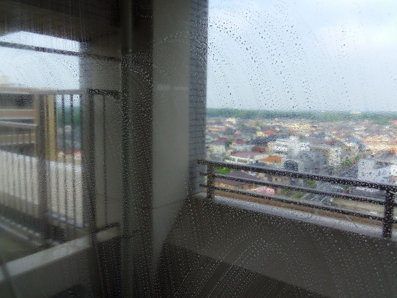 作業前のガラス窓