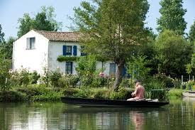 A 10 min. de la Bohème : COULON Capitale du Marais poitevin