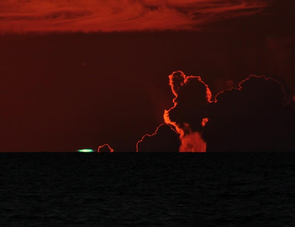 Brilho verde visto em Tampa, Flórida, EUA, em 21/09/2009.