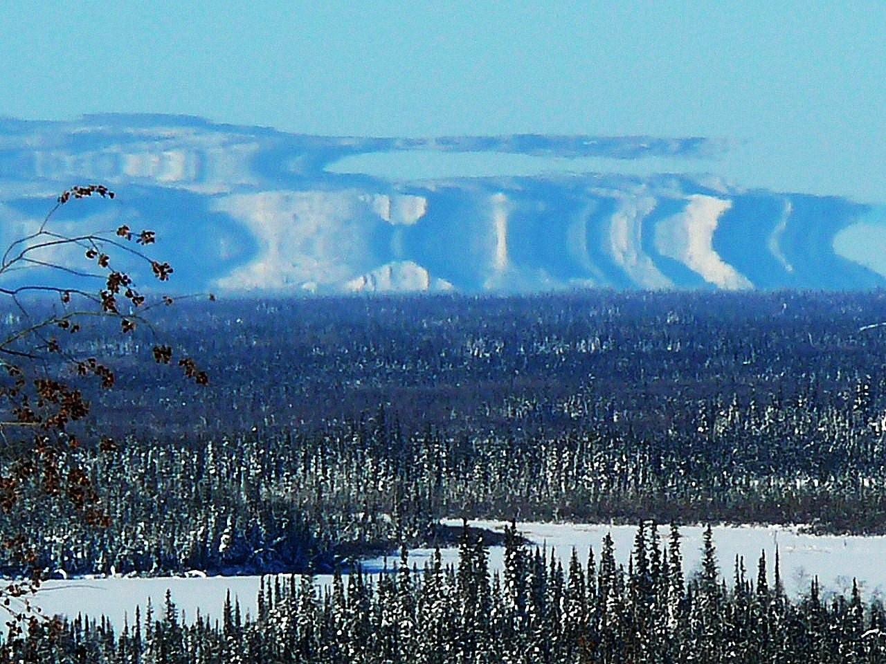 Fata Morgana vista no Alaska, em 20/02/2008. Foto de David Cartier.