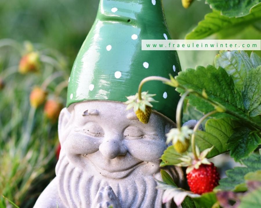 DIY Gartenzwerg aus Beton | Fraeulein Winter