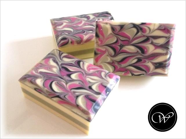 "Seife ""Fleur de Lis"" - Handmade soap by Fraeulein Winter"