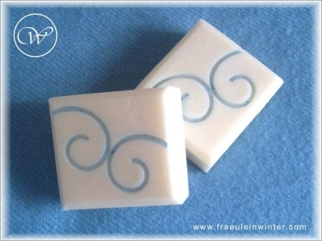 Seife mit Stempel von Omar. - Handmade soap.