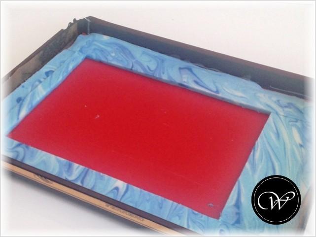 CP-Hülle: Seifenplatte passend zuschneiden.