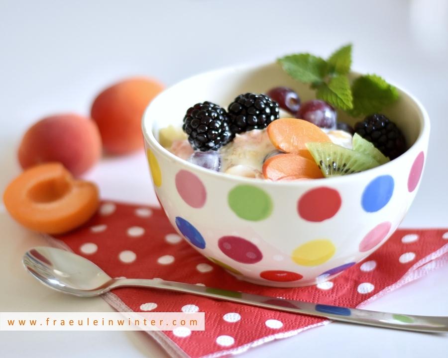 Müsli mit frischen Früchten   Fraeulein Winter