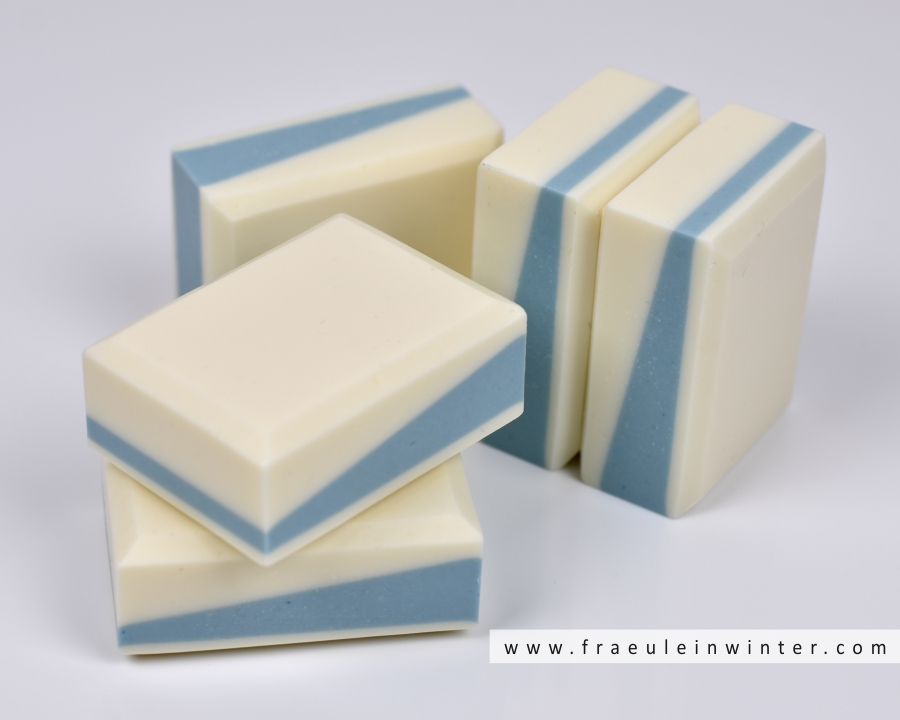 Selbstgemachte Seife | Layered Soap handmade by Fraeulein Winter