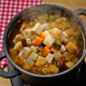 根菜のコロコロ鍋