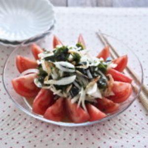 トマトとわかめの和風サラダ