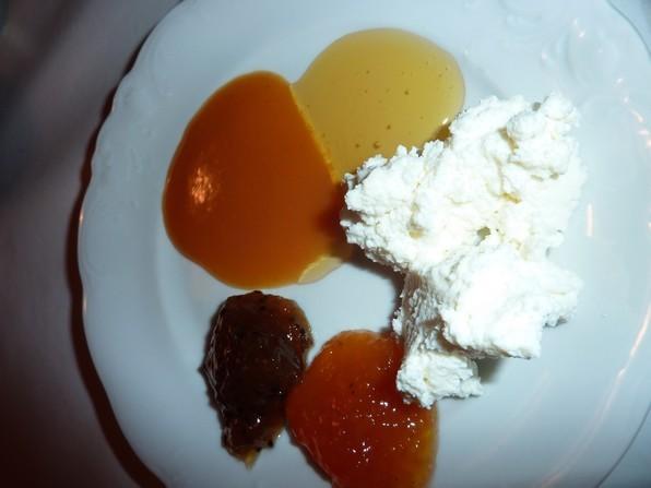 Le greuilh s'associe très bien à des préparations sucrées : miel ,confitures , compotes, coulis....