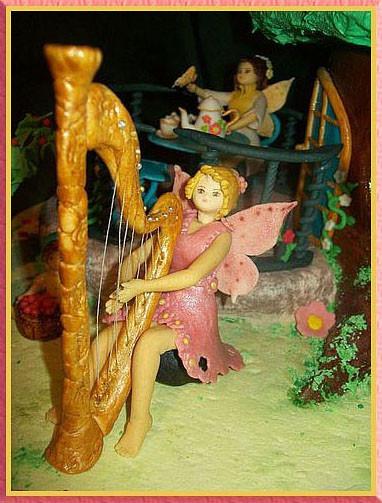 Феечка играющая на арфе