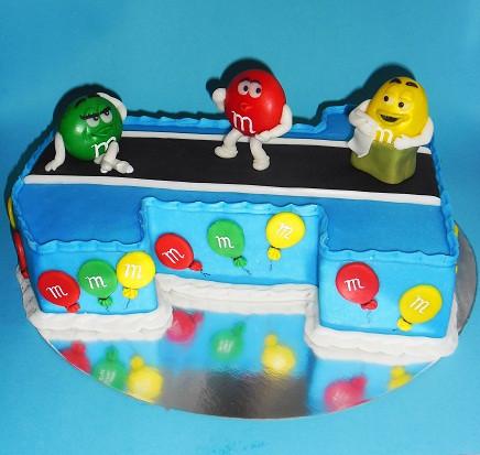 """Торт """"Годовалому малышу фрагмент из рекламы M&M'S"""", 3,6 кг"""