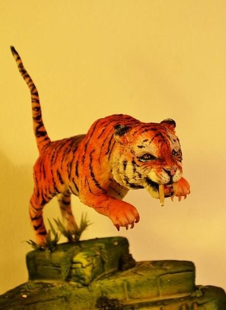 Саблезубый тигр реалистичная лепка животных) Sugar art miniature sculpture