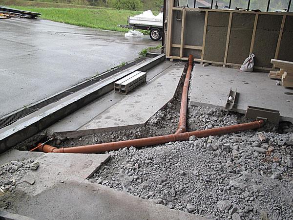 12. April Abwasserleitungen für die Brauerei werden eingelegt