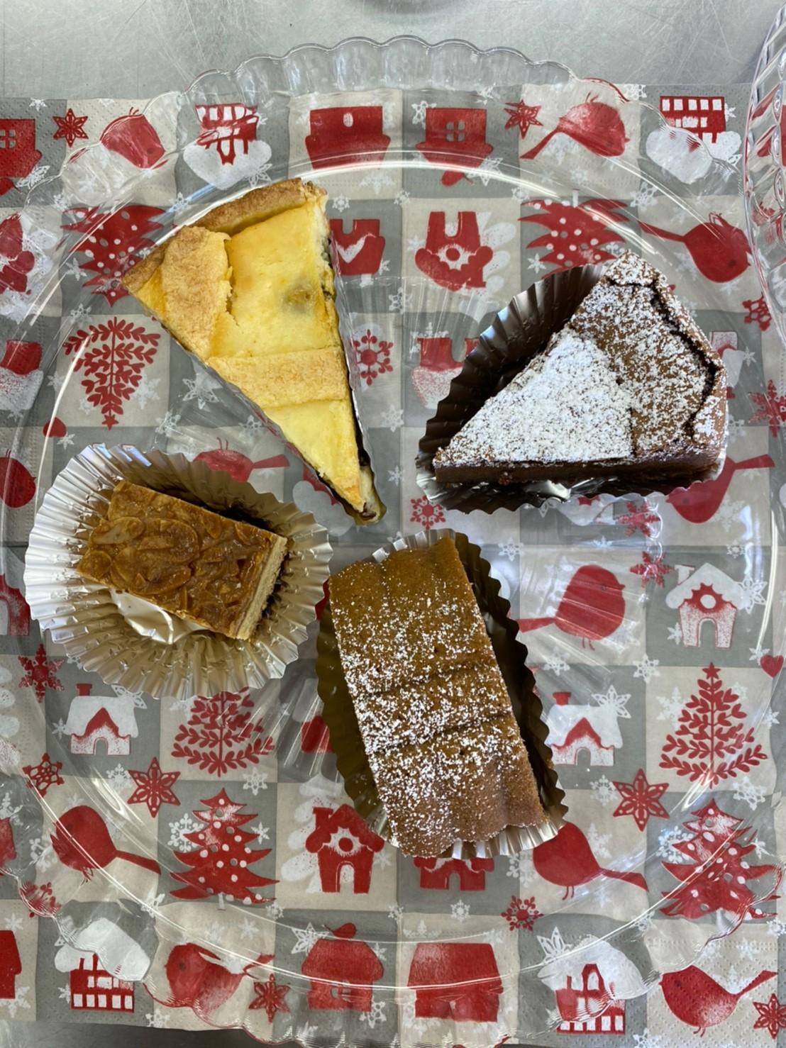 喫茶ケーキ 150円/1切 ガトーショコラ トスカーナケーキ カルカッソケーキ チーズケーキ